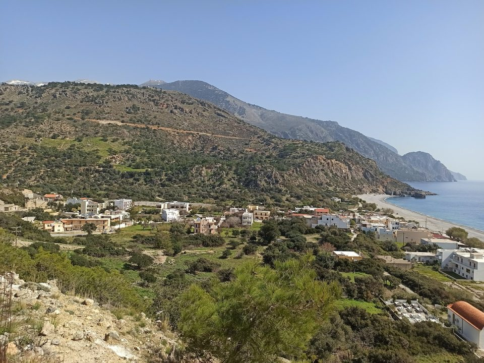 Hotels and Rooms in Sougia
